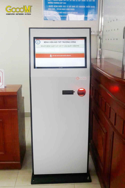 Máy Kiosk GoodM cho bệnh viện nội tiết trung ương cs 2