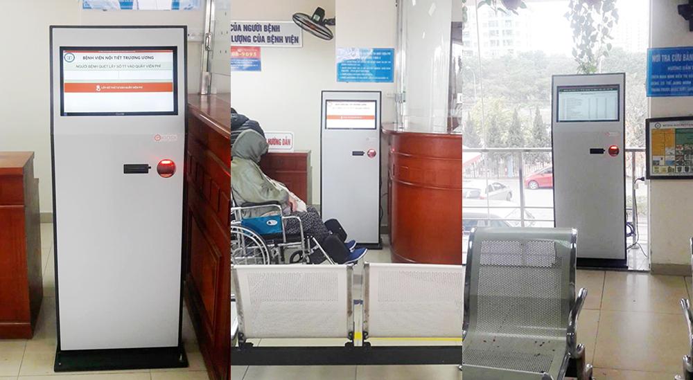 Hệ thống máy Kiosk tại bệnh viện nội tiết trung ương cs 2